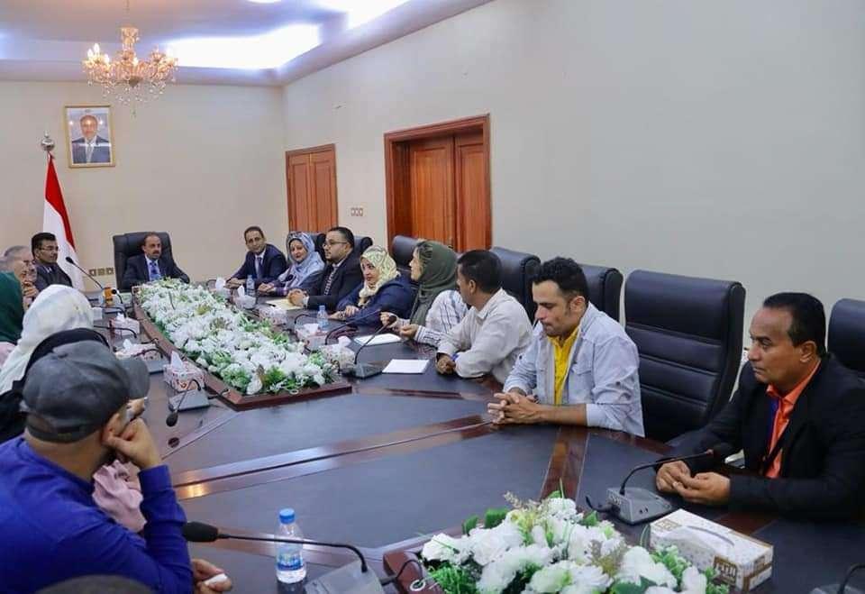 وزير الاعلام يؤكد على اهمية توحيد الجبهة الوطنية على طريق استعادة الدولة