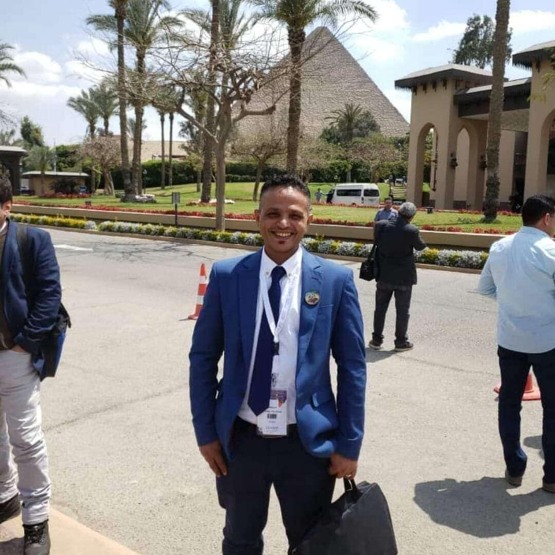 طبيب يمني يروي تجربته مع لقاح كورونا