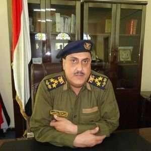 مدير أمن عدن يؤكد على تأسيس دولة ويدعو جنود المطار إلى عدم الاعتداء على الموظفين