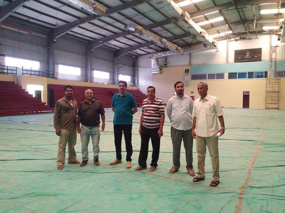 القائم بمهام وكيل وزارة الشباب والرياضة يزور الصالة الرياضية في الشيخ عثمان