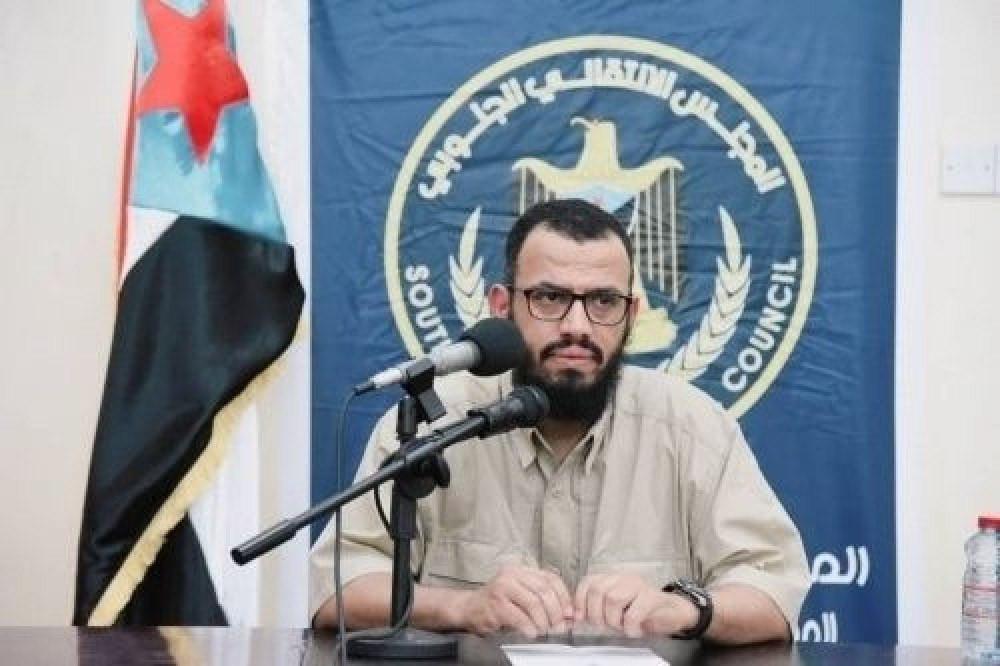 هاني بن بريك يشن هجوما لاذعا على جماعة الإخوان المسلمين .. ماذا قال؟