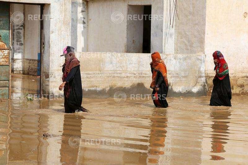 سيول جارفة تقتل 7 بينهم نساء وأطفال في شرق اليمن