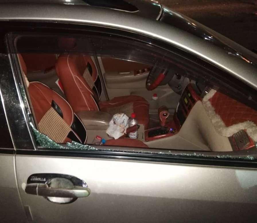 مجهولون في عدن يعتدون على سيارة مدير مكتب وزير التربية والتعليم