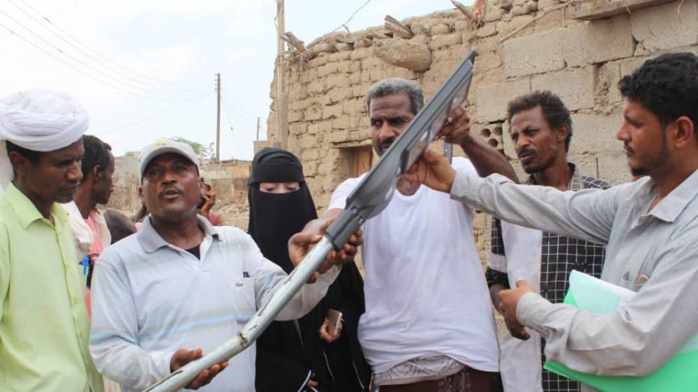 مبادرة الإيادي البيضاء تدشن منحة مشروع إنارة حي الطميسي بزنجبار