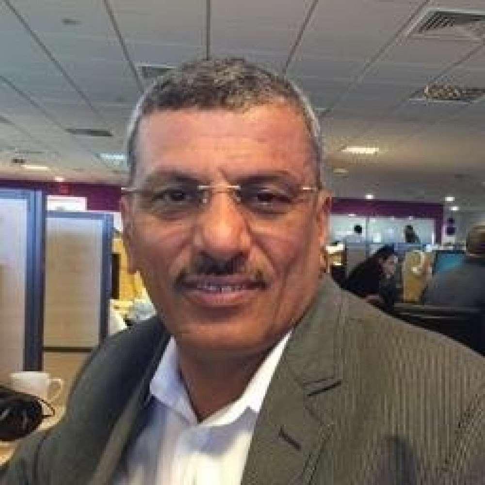 وفاة عقيلة الإعلامي حمود منصر